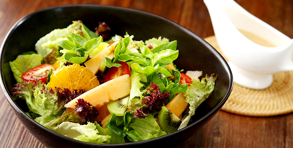 Healthy fruit and vegetable salad